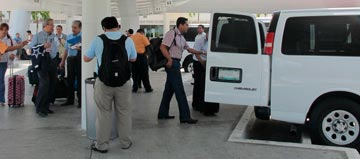 cancun transportation customer review